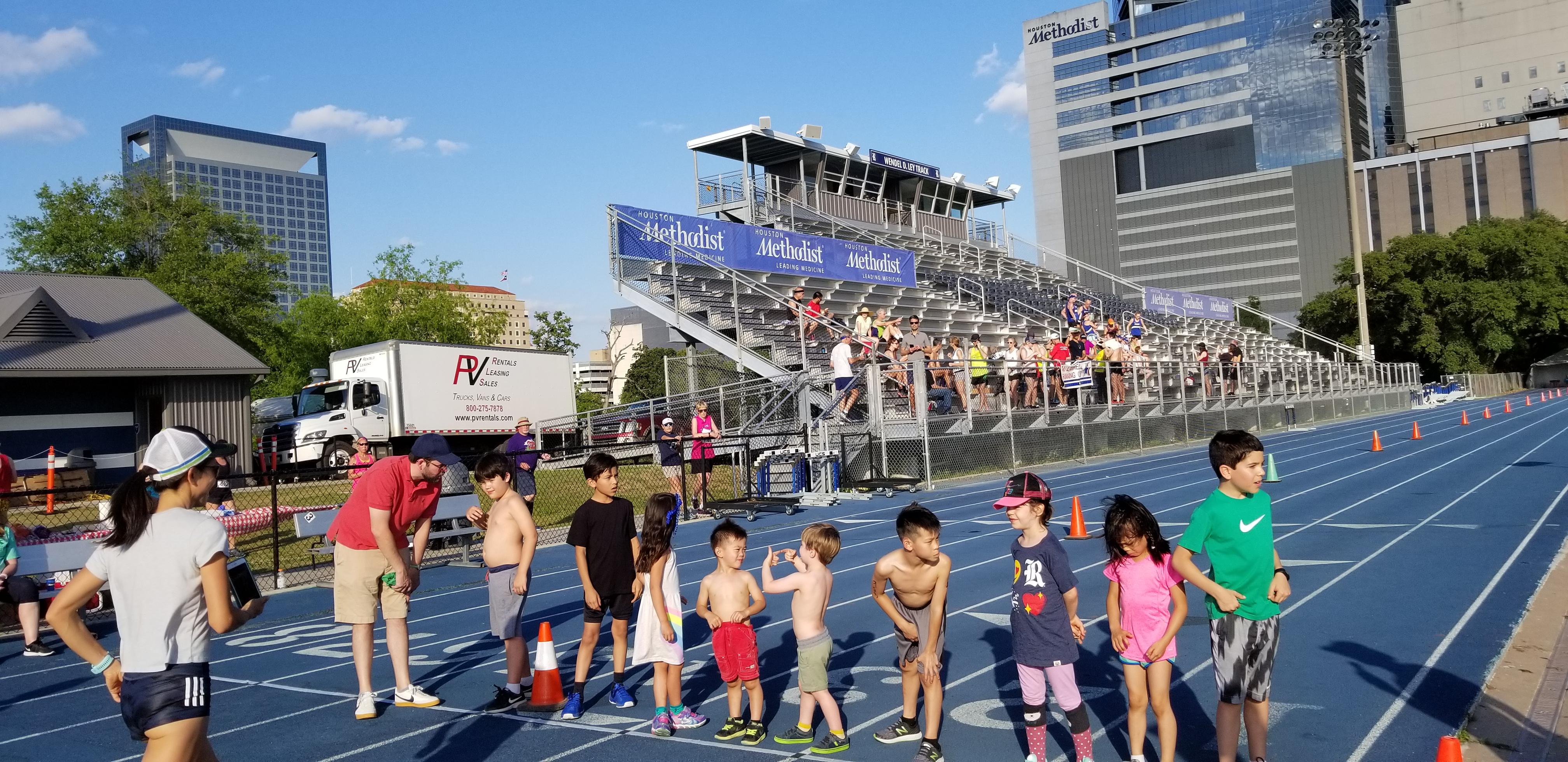 LP Run 2019 Kids Race Start Line2